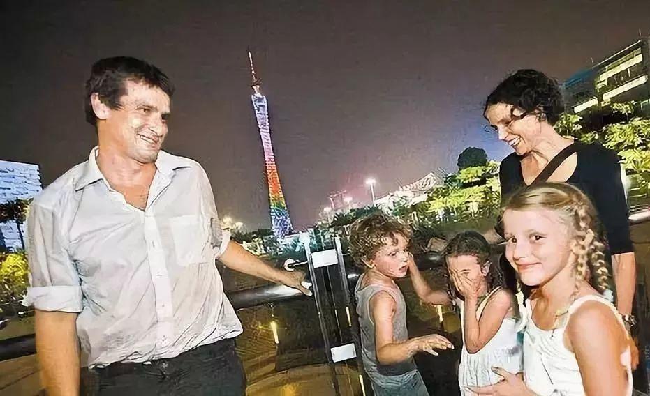 央视大楼十年争议,和中国地标背后的荷兰建筑师(深度好文)