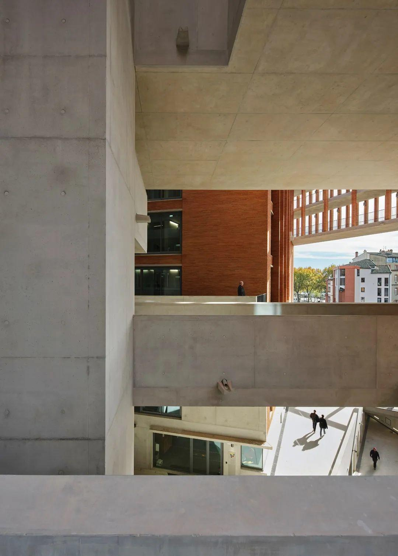 作品集来了!2020年普利兹克建筑奖得主的「11个经典建筑作品」